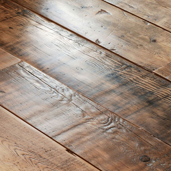 Super wide planks for use with under-floor heating or over a screed. Engineered in house to repair any flaws and retain antique texture